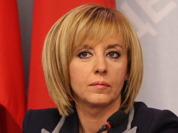 Депутатката от БСП Мая Манолова скандализира обществото с това интервю!